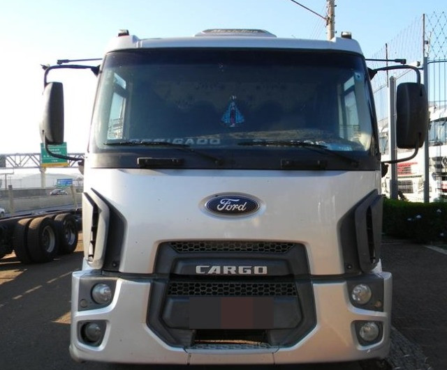Ford Cargo 2428 Carroceria 2012 - Foto 2