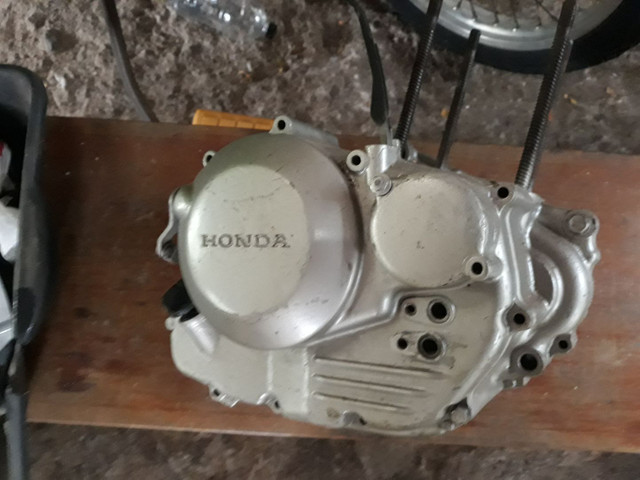 Motor Honda XR 250 Tornado , desmontado com procedência, sem o cabeçote !