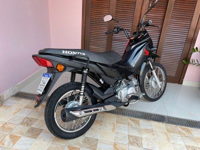 Honda POP 110i 2020 Estado de zero (800km) Aceito trocas parcelo cartão financio  - Foto 3