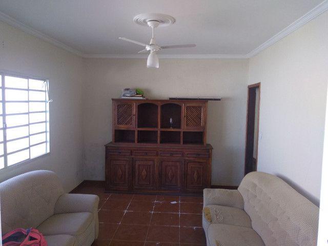 Casa em lambari, 5 minutos do centro - Foto 4