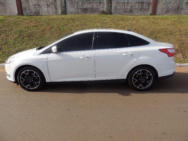 Ford Focus Sedan Titanium 2014