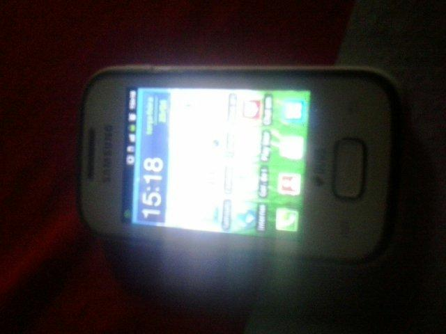 Samsumg galaxy phocket