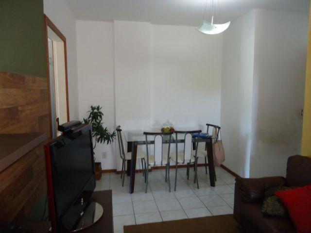 Laranjeiras, Três quartos uma suíte, 73 metros quadrados armários embutidos na cozinha, e