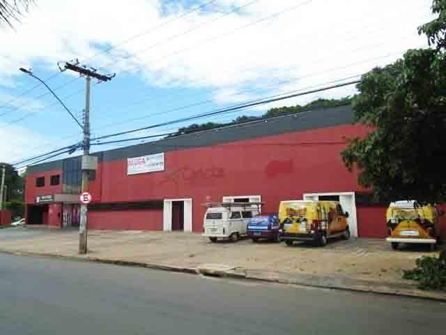 Prédio comercial para locação, Setor Sudoeste, Goiânia.