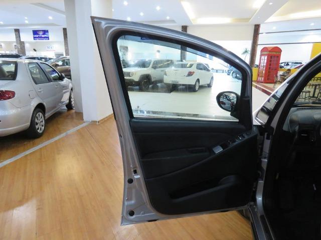 Fiat Idea 1.8 Mpi Adventure 16v Flex 4p Dualogic Automatizado Top de Linha 48.900 Km - Foto 17