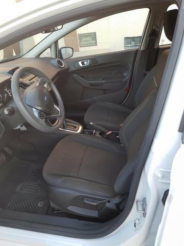 Vendo Ford Fiesta 1.6 AT 2015 - Foto 4