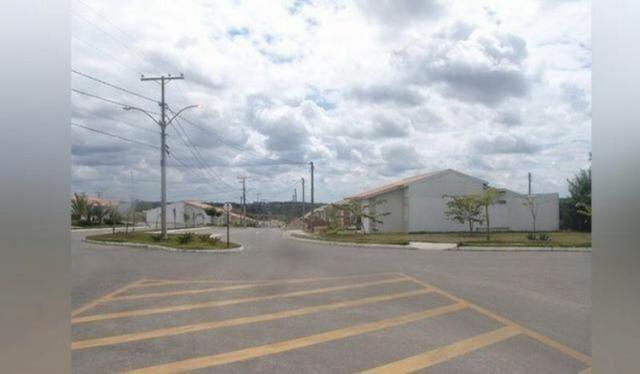 Condomínio Terra Nova 1 casa 2/4 com terreno maior no bairro Sim - Foto 3