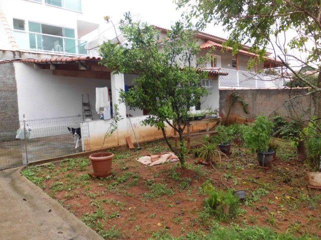 C485 -Casa com três dormitórios em excelente bairro - Foto 12