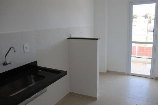 Apartamento com 3 quartos no Condomínio Residencial Lakeside - Bairro Residencial Itaipu - Foto 12