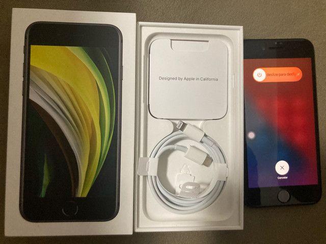 iPhone SE 2geracao 64gb zerado - Foto 2