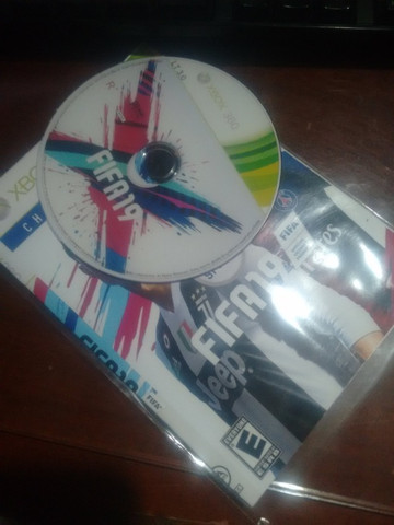 Jogos Xbox 360 - FIFA 19 - Foto 2