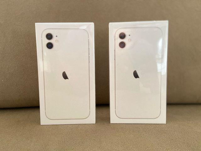 iPhone 11 128GB Branco (LACRADOS)