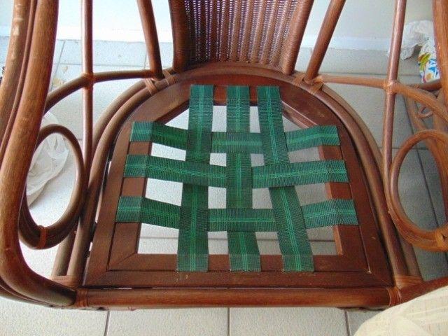 Poltrona especial em madeira trabalhada - Foto 4