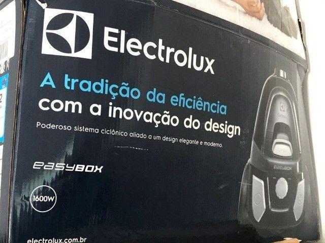 Aspirador de Pó sem Saco 1600W Electrolux - Foto 2