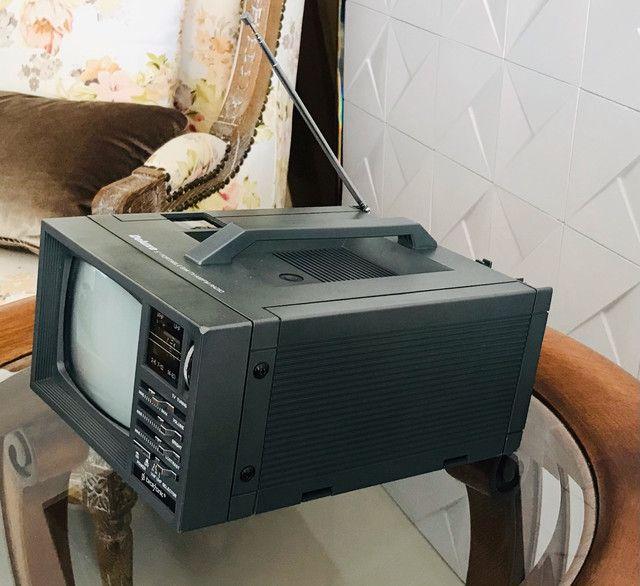 Mini Tv/ Rádio P& B 5 Polegadas - Foto 4