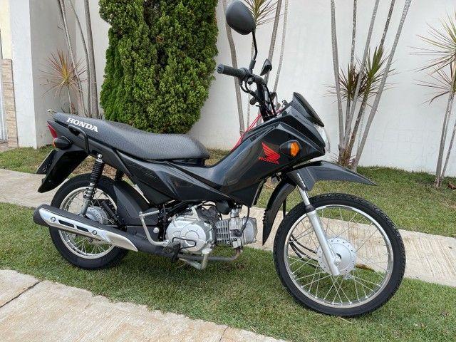 Honda POP 110i 2020 Estado de zero (800km) Aceito trocas parcelo cartão financio  - Foto 14