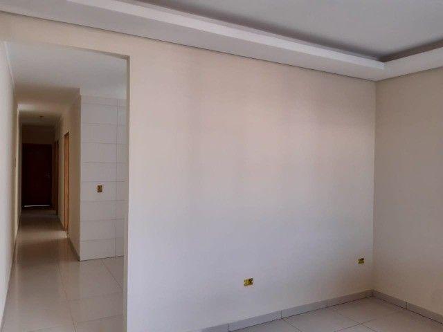 Linda Casa Nova Campo Grande com 3 Quartos No Asfalto**Venda** - Foto 4