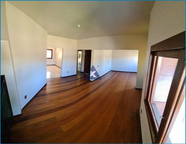 Casa com 4 dormitórios, 4 banheiros, 341,78m², pátio com piscina, Esteio-RS - Foto 12