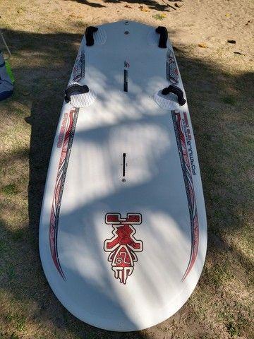 Vendo Prancha de Windsurf Starboard Formula One 160 litros - Foto 2