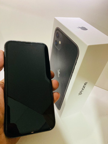 iPhone 11 64GB Black R$ 3.800,00 - Foto 3