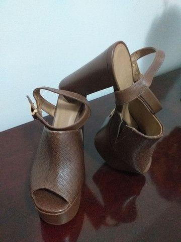 Sapatos de salto alto - Foto 2
