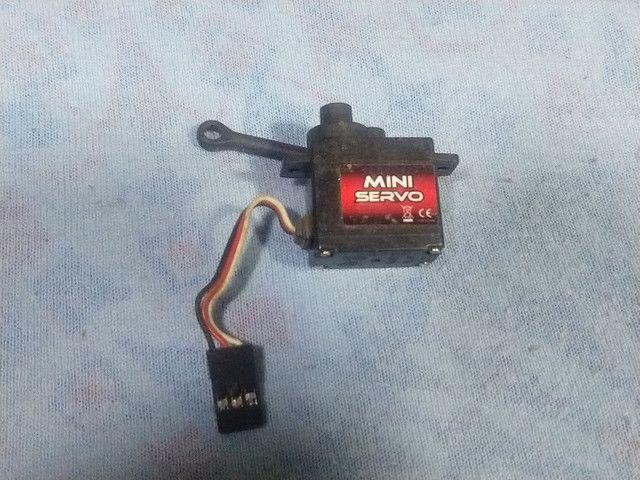 Micro servo automodelo