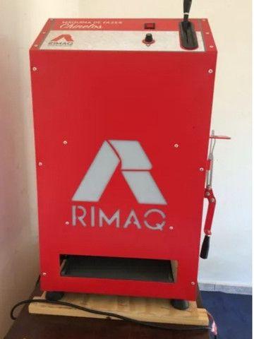 Máquina de cortar chinelos automática Rimaq