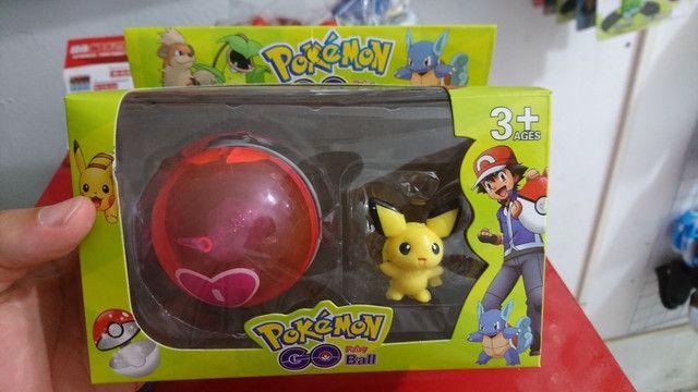 Brinquedo Pokemon com Pokebola