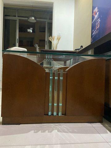 mesa de centro de madeira com vidro  - Foto 2