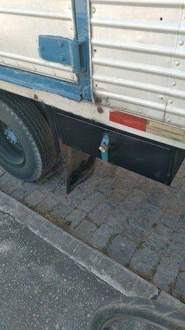 Vendo caminhão 608, ano 78 - Foto 5