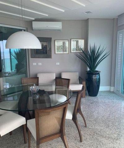 Apartamento espetacular frente mar, com 3 suítes, na Av. Atlântica, centro Bal. Camboriu - Foto 3
