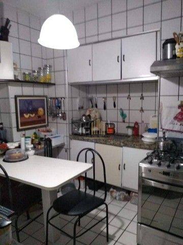 Apartamento com 3 dormitórios, sendo 01 Suíte, à venda, 100 m² por R$ 400.000 - Benfica -  - Foto 11