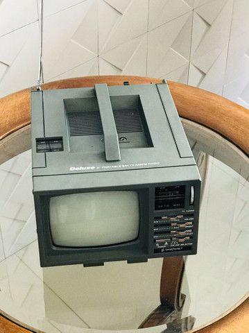 Mini Tv/ Rádio P& B 5 Polegadas