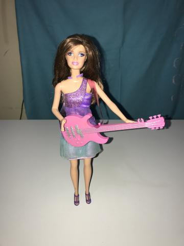 Barbie estrela do rock
