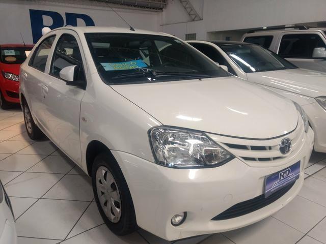 Etios sedan 1.5 X 2015 Única dona extra, aceito tro-k