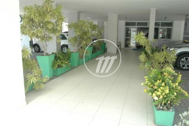 3 Quartos com Suíte, Na Ponta Verde, Próximo ao Palato com 84m², Varanda, Mobiliado!