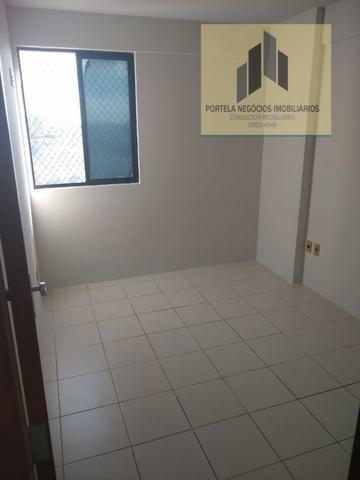 Apto no Alto da Jacarecica, 2 quartos, bairro centralizado - Foto 13