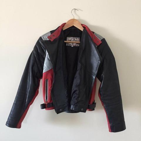 Jaquete de couro motociclista feminina - Foto 4