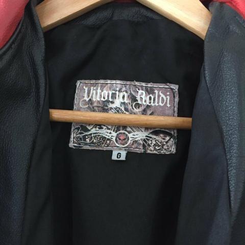 Jaquete de couro motociclista feminina - Foto 2