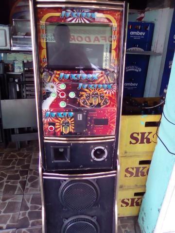 Jukebox nova no plástico