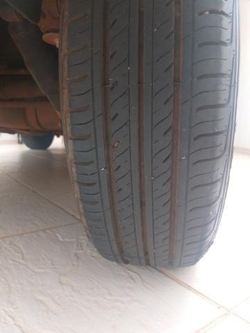 Peugeot 207 HB 1.4 8v 2011/2011 - Foto 5