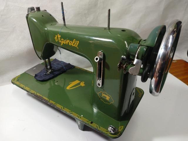 Maquina De Costura Reta Vigorelli Doméstica Verdinha