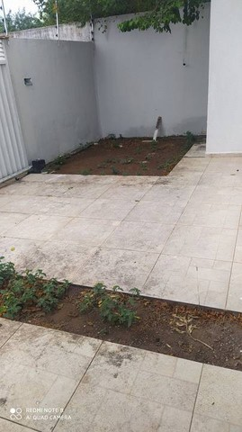 Casa para venda possui 100 metros quadrados com 3 quartos em Conceição - Feira de Santana  - Foto 5