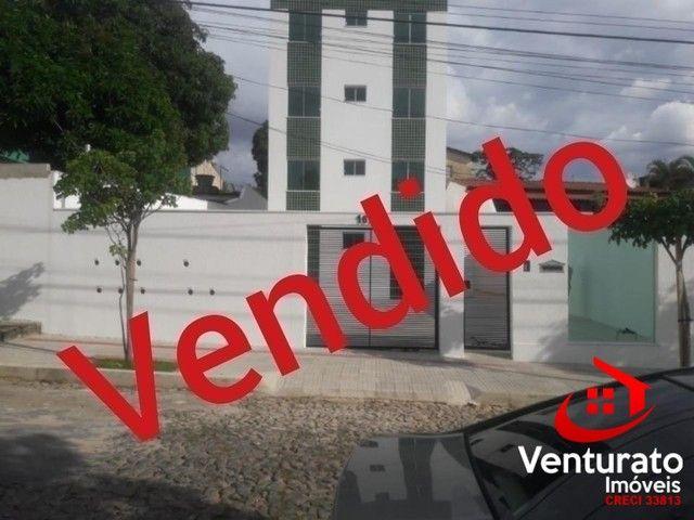 cobertura 2 quartos próximo ao comercio do Rio Branco.