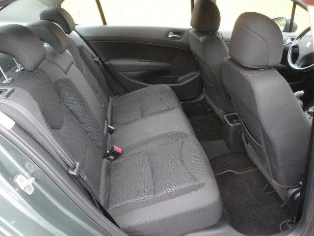 Peugeot 408 2012 2.0 Flex Automático Abs Air Bags Ar Cond Dir USB/MP3 Player - Foto 15