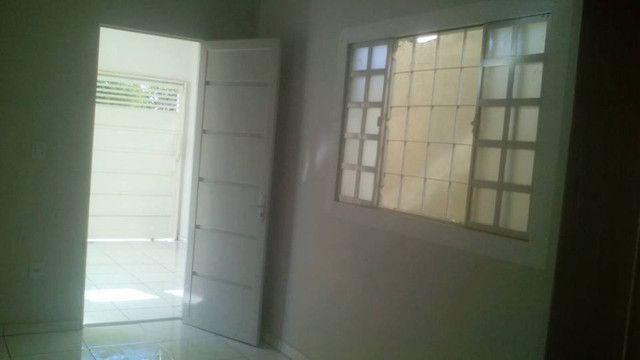 Casa Resendicial Mario Covas c/2 quartos 1 vaga de garagem - Foto 4