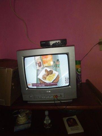 Tv com conversor - Foto 2