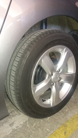 Jogo rodas Honda aro 15 com pneus - Foto 2