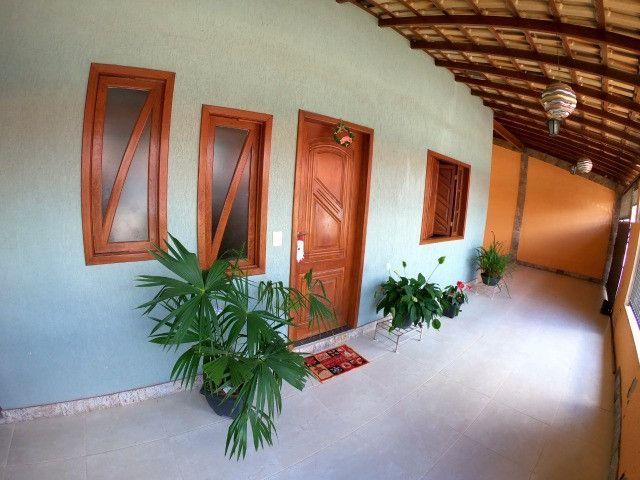 Linda casa 4 Qtos c/suite - Mata da Serra Melhor localização do Bairro - Foto 5
