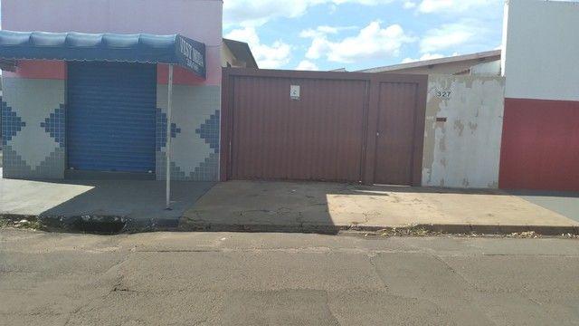 Casa de esquina com imoveis ja com aluguel garantido  - Foto 3